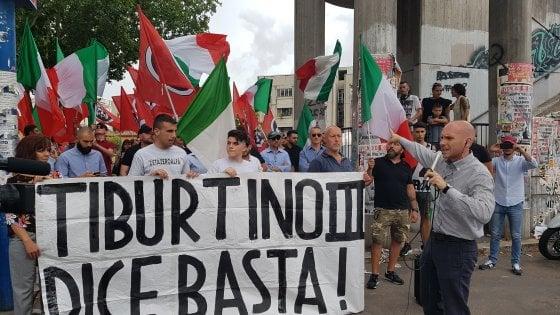 Immigrazione Roma, tensione al Tiburtino per i sit-in di Anpi e CasaPound