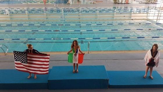 Ragazzina trapiantata campionessa di nuoto: vince quattro medaglie