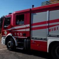 Tivoli, sterpaglia a fuoco: sospesa per alcune ore la linea ferroviaria Roma-Avezzano