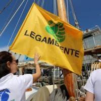 Mare sporco: nel Lazio bandiera nera per Tarquinia e Ardea