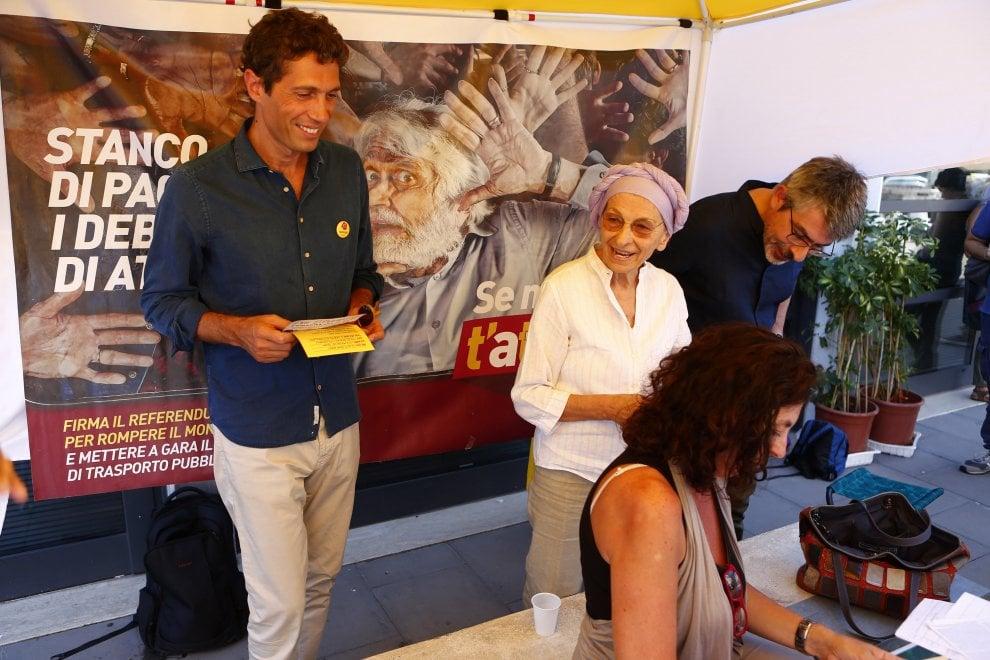 Referendum dei Radicali su Atac, Emma Bonino a Testaccio