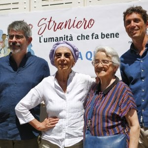 Roma, Radicali: Emma Bonino al mercato Testaccio per i referendum days