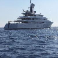 Ponza, avvistato lo yacht di Tiffany Trump