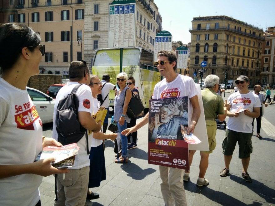 "Roma, referendum Atac: prosegue raccolta firme. I Radicali: ""Impresa possibile"""