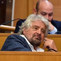 """Sentenza 'mondo di mezzo', Grillo: """"Non è mafia ma montagna di m..."""""""