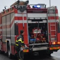 Roma, fiamme in un negozio a piazza Bologna: evacuato palazzo