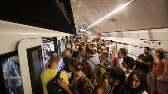 Metro A: chiudono 7 fermate e scoppiano i disagi