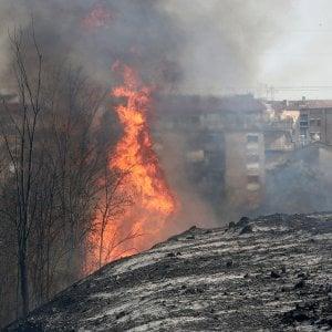 Roma, spento l'incendio tra via Portonaccio e via Fiorentini