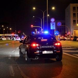 Roma, controlli antidroga in piazza Vittorio: carabiniere morso al braccio da un pusher
