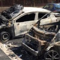 Roma, aveva dato fuoco a 25 auto in centro: arrestato piromane seriale