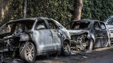 Centro storico, aveva dato fuoco a 25 auto arrestato piromane seriale