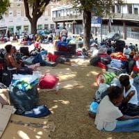 Roma, sgomberati da palazzo di via Curtatone: in 200 accampati in piazza Indipendenza