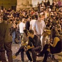 Allerta sicurezza, vigili scoraggiano le concentrazioni di persone nelle zone della movida a Roma