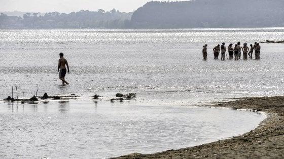 Siccità, captazioni abusive a Bracciano. Inquinamento ambientale: 20 indagati