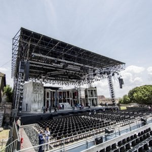 Roma, Divo Nerone all'ultimo atto: il palco del musical da smontare