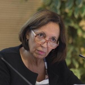 Regole anti-cronisti, la ministra Madia frena il Campidoglio