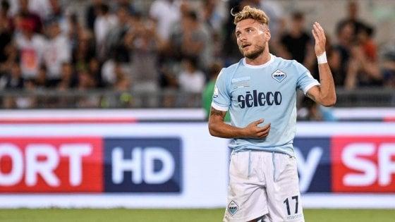Lazio, tra fischi e sfottò il ritorno di Biglia: capitano