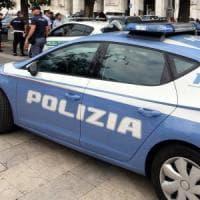 Roma, armato di pistola minaccia i dipendenti e rapina supermercato all'Aurelio