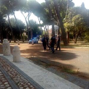 Roma, tenta violenza sessuale su una turista a Colle Oppio in pieno giorno: fermato
