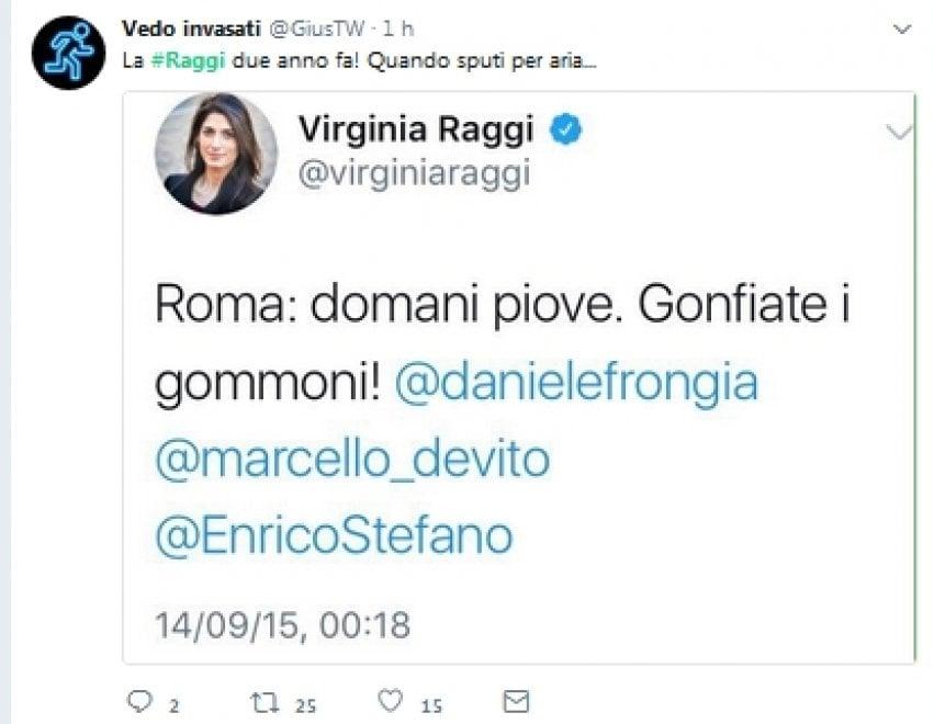 """Maltempo Roma, sfottò in rete contro Raggi: """"Fermi tutti, nel 2014 aveva la soluzione"""""""