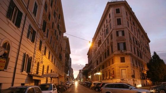 """Roma, turista finlandese violentata, il bengalese si difende: """"Era consenziente"""""""