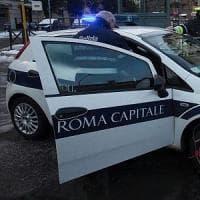 Roma, con l'auto contro il palo: ragazza di 28 anni muore all'Eur