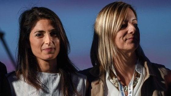 """Regionali Lazio 2018, Raggi: """"La candidatura di Lombardi? Una come tante"""". La deputata: """"Nessuno indispensabile"""""""