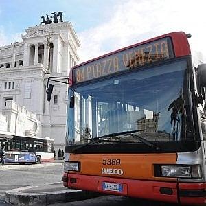 Roma, forniture di pneumatici e mense Atac: l'Anac invia in procura gli atti