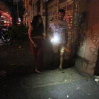 Roma, strade semi buie e piani alti senz'acqua: proteste contro l'Acea