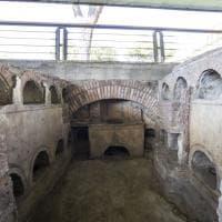 Roma, Sepolcreto di via Ostiense: gli archeologi al lavoro tra tombe, ossa e affreschi