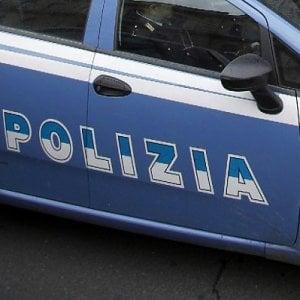 Roma, picchia, sequestra e lascia senza cibo la convivente: arrestato 32enne nigeriano