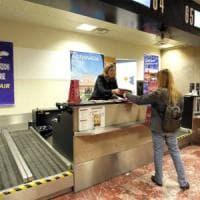 Ryanair, cancellati 350 voli così Roma resta a terra