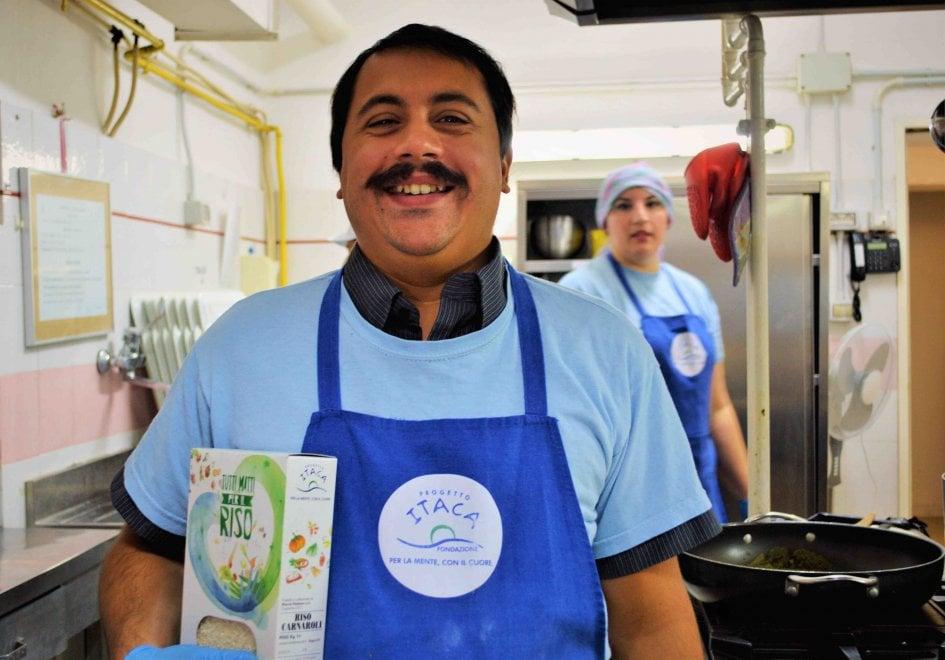 Riso in 9 piazze di roma per sostenere la salute mentale for Ristorante filippo la mantia roma