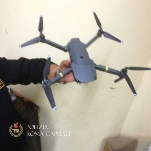 Roma, drone non autorizzato sui monumenti: denunciato turista russo