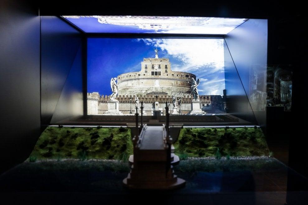 In viaggio nel tempo e nello spazio nella storia di Roma con Paco Lanciano