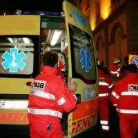 Roma, scende illesa dall'auto dopo un incidente: travolta e uccisa a Castel Romano
