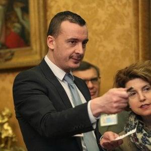 """Roma, Casalino: """"Sindaca accusata di falso? Spiegate che per lei non è grave"""""""