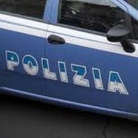 Roma, rapina a mano armata a Casal Lumbroso: ferito il titolare di un alimentari