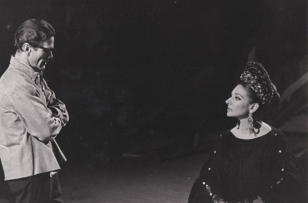 La Callas e Pasolini: gli scatti dal set di Medea in mostra a Roma