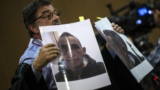 Processo Cucchi bis, giudice si astiene: rinviato il processo per i tre carabinieri