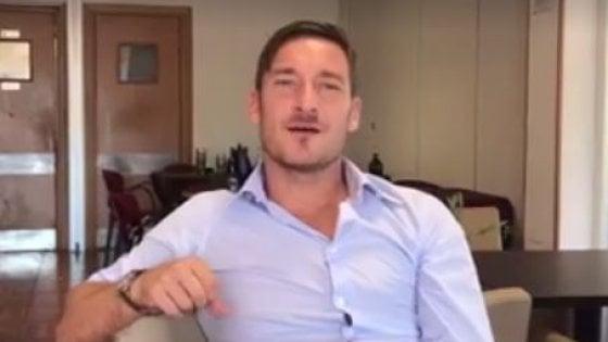 """Fidanzati scomparsi a Terracina, il videoappello di Totti: """"Tornate a casa"""""""