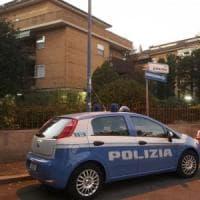 Latina, uccide ladro sorpreso in casa: indagato per omicidio, per ora resta libero