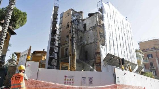 """Roma, al via la demolizione del villino storico al Coppedè. Italia Nostra: """"Andiamo in procura"""""""