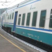 Roma-Orte, esplode una bombola sulla linea ferroviaria: fermi i treni per