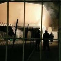 Roma, incendio in una materna a Ponte di Nona. Nessun ferito, pista dolosa