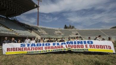 """Disoccupati fanno irruzione al Flaminio  """"A noi la manutenzione dello stadio"""""""
