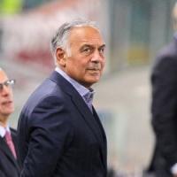 """Roma, indagini Uefa per i cori razzisti. Pallotta: """"Colpa di 2 idioti"""""""