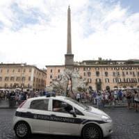 Roma, niente soldi per i corsi e 300 vigili si ritrovano senza patente speciale