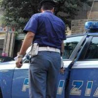 Roma, si denuda davanti a due bambine e le insegue: rischia il linciaggio