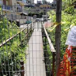 Roma, percorre un ponticello abusivo  a Selva Nera e precipita nel vuoto; morto uomo di 49 anni